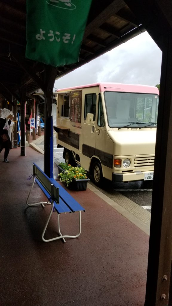 木曽福島の道の駅にて出店いたします。
